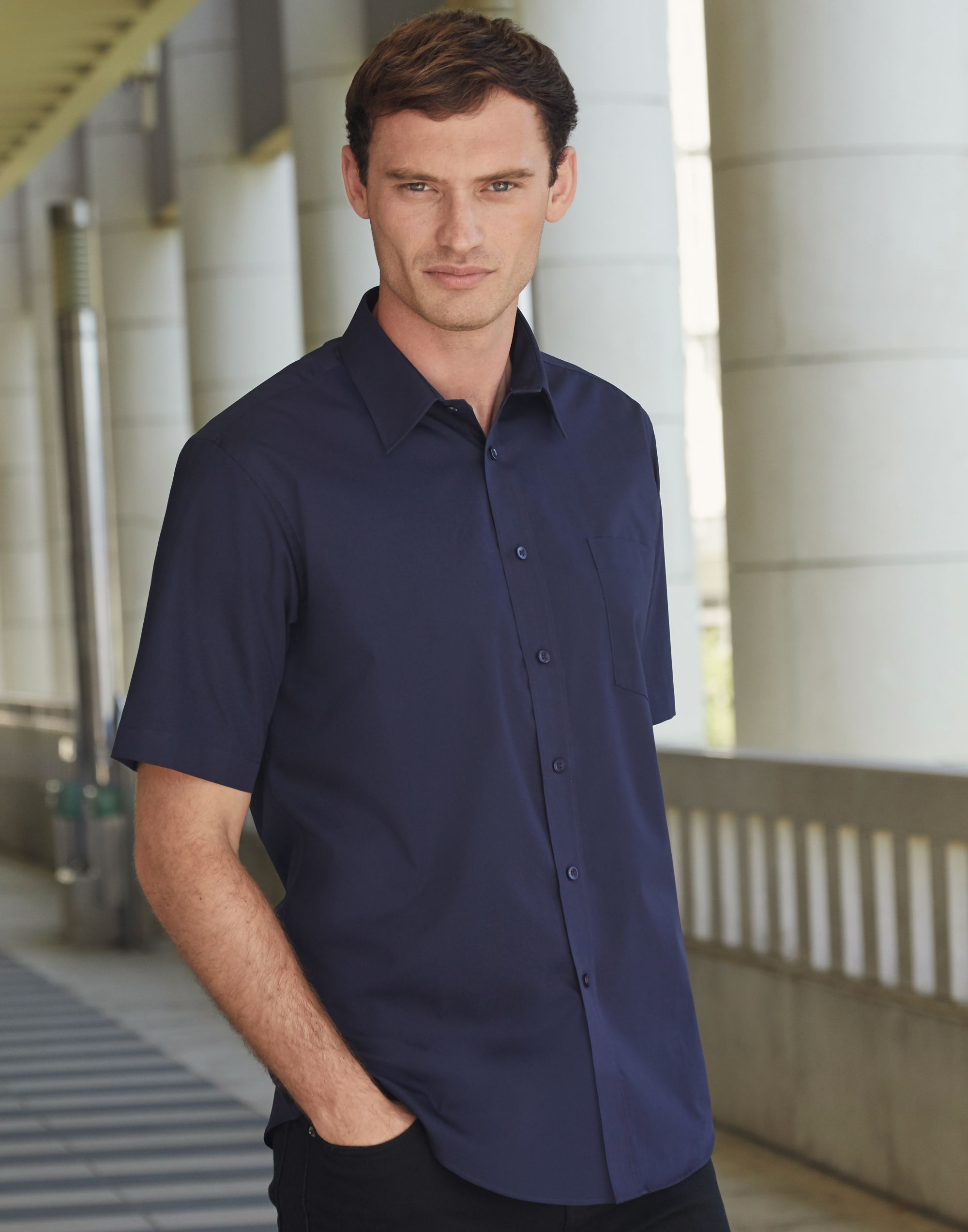 Fruit Of The Loom Men's Short Sleeve Poplin Shirt